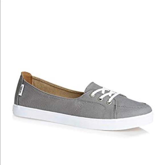 aa5b5a94cb9e83 Brand New Women s Vans Palisades (9 1 2) Grey